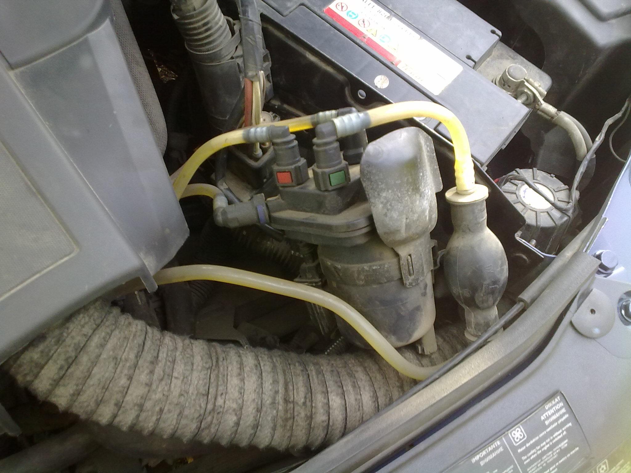 Schimbare filtru motorina